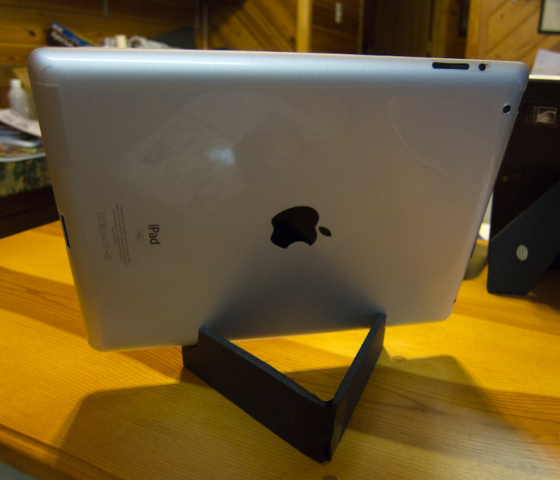 Two Cheap And Easy Diy Ipad Or Tablet Stands Geek In The